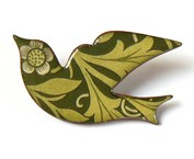 Green bird brooch