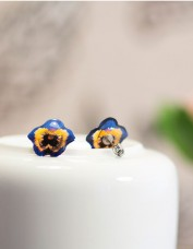 Pansy Stud Earrings (blue)