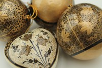 Morris-inspired Christmas decorations